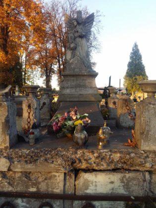 cmentarz 1 315x420 - Spacer postarych cmentarzach wSanoku