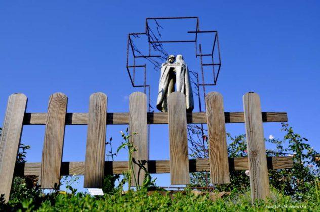 droga krzyżowa Zagórz 15 632x420 - Droga Krzyżowa w Zagórzu. A rzeźby same Ci opowiedzą