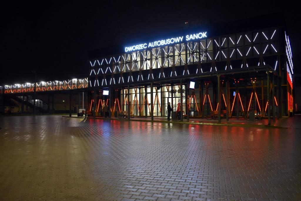 dworzec2 - Prace na terenie dworca - autobusy MKS nie będą zatrzymywały się na przystanku przy dworcu przy ul. Lipińskiego