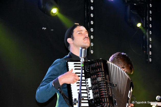 Andrzejki Dukla zespół z Rzeszowa 7 630x420 - Festiwal Wielu Kultur w Dukli. Węgry, Ukraina i Polska - zespoły pełne energii