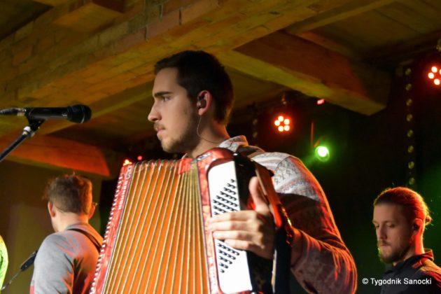 Festiwal Wielu Kultur w Dukli. Węgry Ukraina i Polska zespoły pełne energii 26 630x420 - Festiwal Wielu Kultur w Dukli. Węgry, Ukraina i Polska - zespoły pełne energii