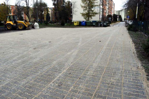 Remont parkingu przy SP nr 4 został zakończony 1 629x420 - Remont parkingu przy SP nr 4 został zakończony