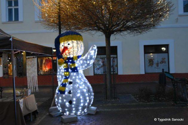 jarmark adwentowy 10 630x420 - Magia świąt Bożego Narodzenia - trwa Jarmark Adwentowy na sanockim Rynku FOTORELACJA