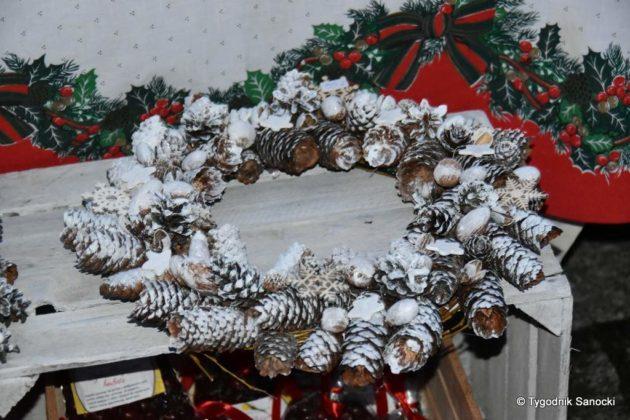 jarmark adwentowy 15 630x420 - Magia świąt Bożego Narodzenia - trwa Jarmark Adwentowy na sanockim Rynku FOTORELACJA