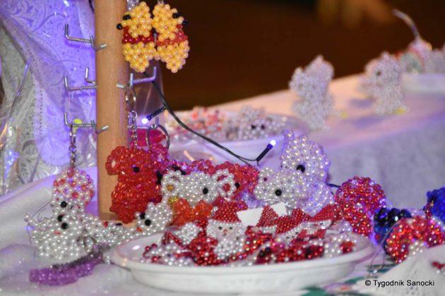 jarmark adwentowy 20 630x420 - Magia świąt Bożego Narodzenia - trwa Jarmark Adwentowy na sanockim Rynku FOTORELACJA