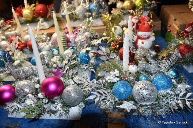 jarmark adwentowy 29 630x420 - Magia świąt Bożego Narodzenia - trwa Jarmark Adwentowy na sanockim Rynku FOTORELACJA