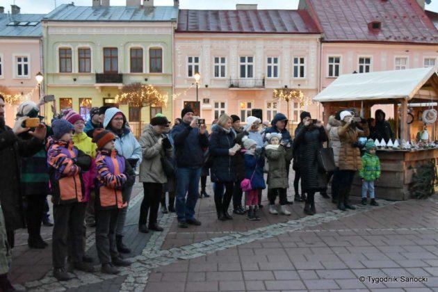 jarmark adwentowy 7 630x420 - Magia świąt Bożego Narodzenia - trwa Jarmark Adwentowy na sanockim Rynku FOTORELACJA