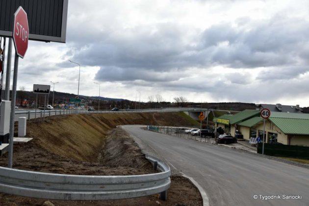 Bark przejścia dla pieszych – mieszkańcy miejscowości Zabłotce proszą o pomoc 5 630x420 - Brak przejścia dla pieszych – mieszkańcy miejscowości Zabłotce proszą o pomoc