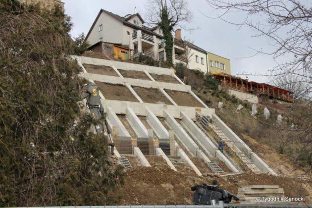 Skarpa1 630x420 - Prace nad osuwiskiem nad ul. Podgórze