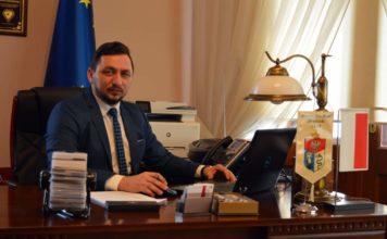 Liczę na odpowiedzialność sanoczan - mówi burmistrz Tomasz Matuszewski