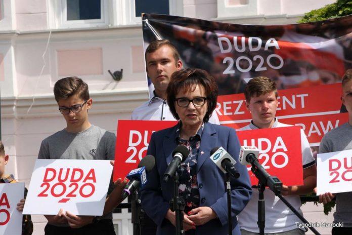 Elżbieta Witek, marszałek Sejmu spotkała się z mieszkańcami Sanoka - fotorelacja