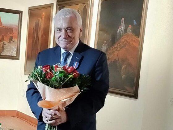 """Wiesław Banach uhonorowany Srebrnym Medalem """"Zasłużony Kulturze Gloria Artis"""""""