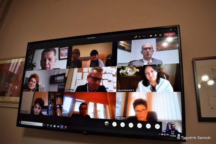 Dzień Edukacji Narodowej - wideokonferencja z dyrektorami placówek oświatowych
