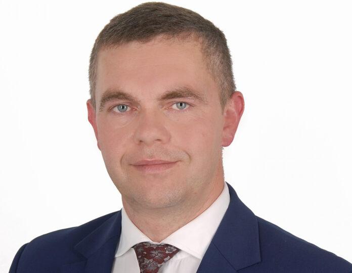 Rektor uczelni dr inż. Mateusz Kaczmarski podsumowuje pierwsze tygodnie swojej pracy