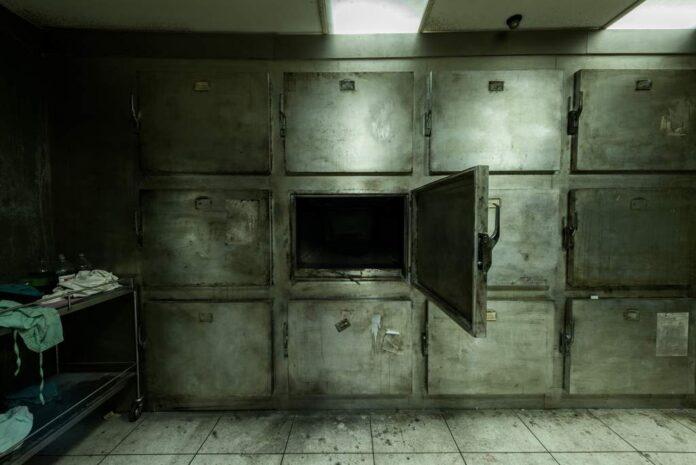 Kłopotliwa śmierć poza szpitalem