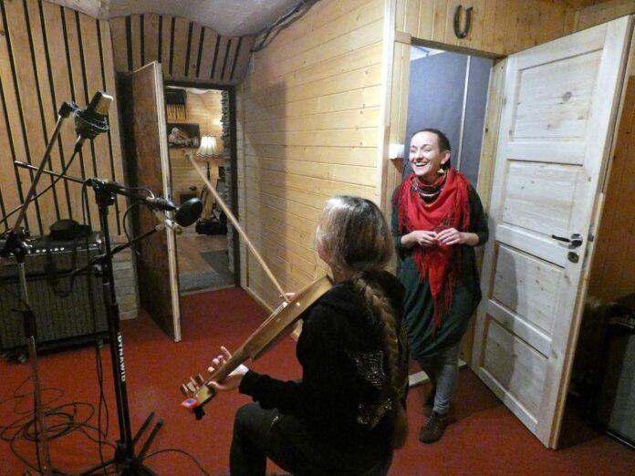 Wernyhora rozpoczęła nagrywanie pierwszej płyty