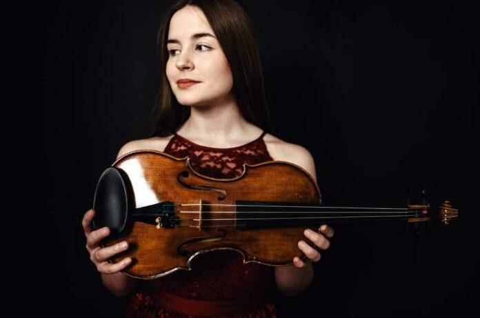 Melisa Skubisz zdobyła III nagrodę na Międzynarodowym Konkursie Instrumentów Smyczkowych w Elblągu
