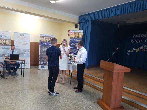 Patronują i nagradzają – ponad 14 tysięcy złotych na nagrody dla najlepszych uczniów w Mechaniku!