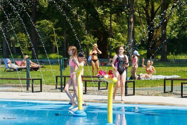 Weekend na basenie zewnętrznym