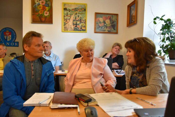 Dziennikarze - seniorzy w akcji